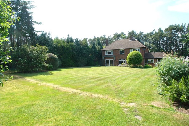 Oakfield Road, Harpenden - GBR (photo 5)