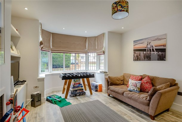 Charmouth Road, St. Albans - GBR (photo 5)