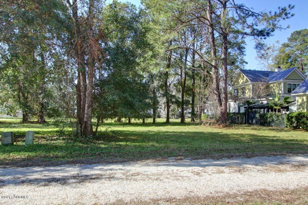 Resident S/D Lot - Burton, SC (photo 4)