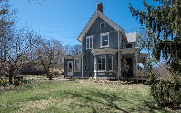 Colonial,Two Story,Victorian, Single Family - Garnerville, NY (photo 2)