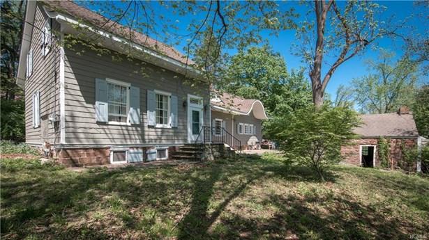 Colonial,Farm House, Single Family - Pearl River, NY (photo 3)