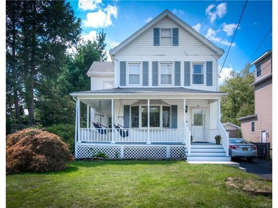 Colonial,Farm House, Single Family - West Nyack, NY (photo 1)