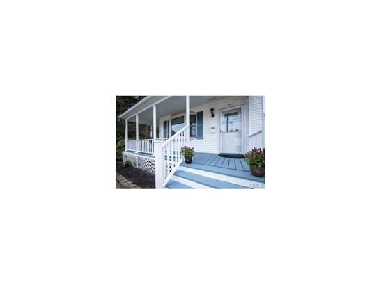 Colonial,Farm House, Single Family - West Nyack, NY (photo 3)
