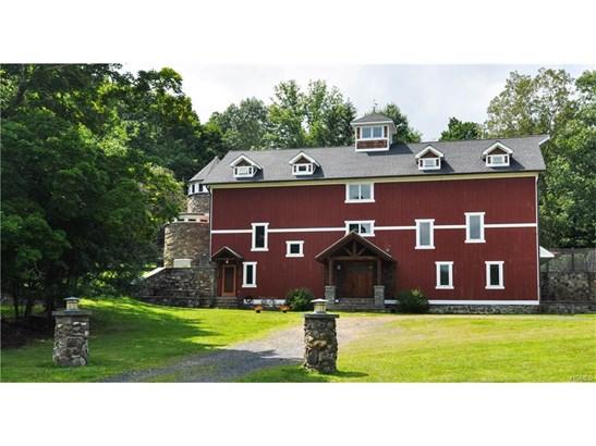 Arts&Crafts,Converted Barn, Single Family - Chester, NY (photo 2)