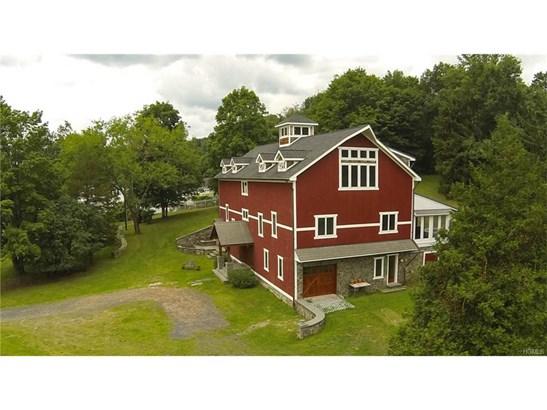 Arts&Crafts,Converted Barn, Single Family - Chester, NY (photo 5)