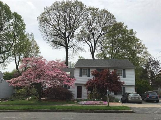 Split Level,Trilevel, Single Family - Orangeburg, NY (photo 2)