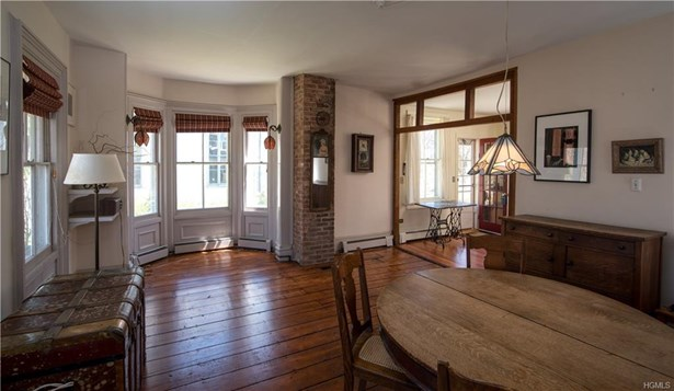 Colonial,Two Story,Victorian, Single Family - Garnerville, NY (photo 4)