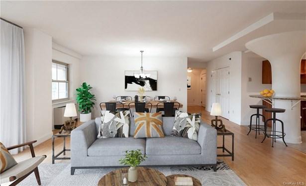 Condominium, Mid Rise - Piermont, NY