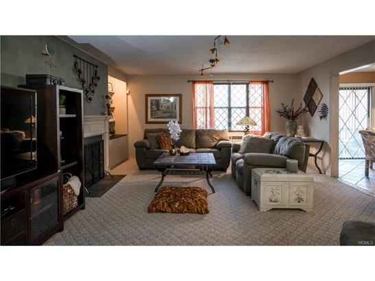 Condominium, Apartment - Valley Cottage, NY (photo 3)