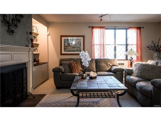 Condominium, Apartment - Valley Cottage, NY (photo 4)