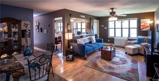 Condominium, Garden Apartment - Valley Cottage, NY (photo 3)