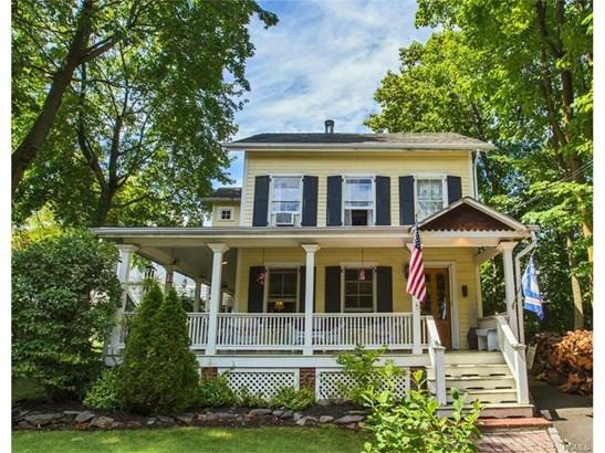 Colonial,Farm House,Victorian, Single Family - Nyack, NY (photo 1)