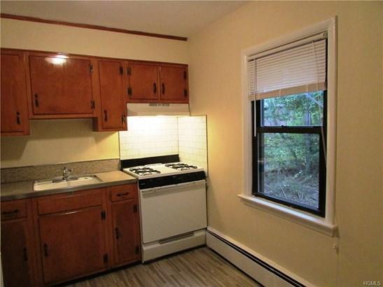 Apartment - Nyack, NY (photo 2)