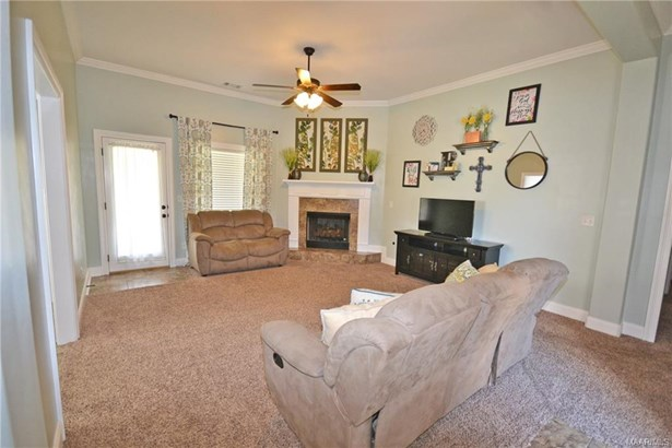 1718 Honeysuckle Ridge Drive, Deatsville, AL - USA (photo 2)