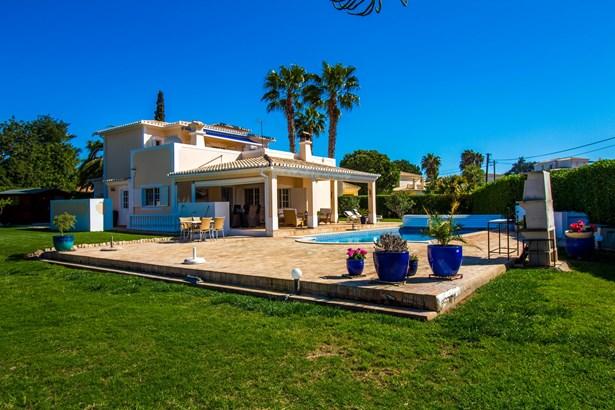 Beautiful 4 Bed Villa For Sale in Lagoa Foto #1