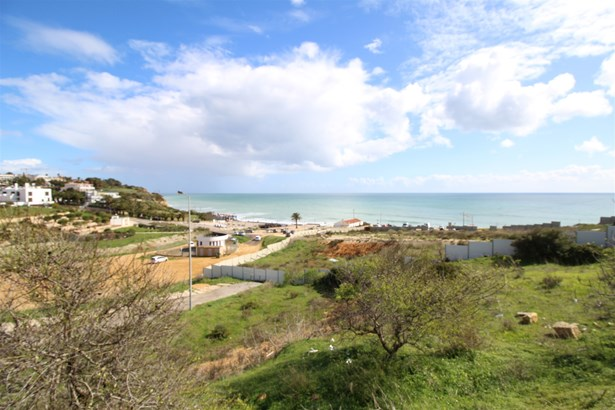Sea view plot with approved project to build a luxury villa Foto #1