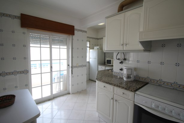 TWO BED APARTMENT IN CENTRAL ALVOR Foto #2 (photo 2)