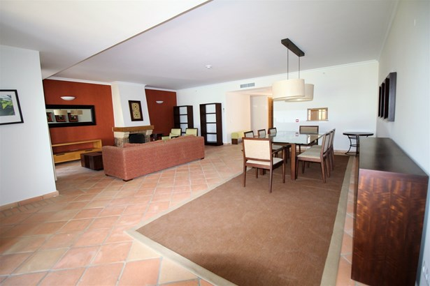 Fantastic 3 Bedroom Apartments For Sale Foto #4 (photo 4)