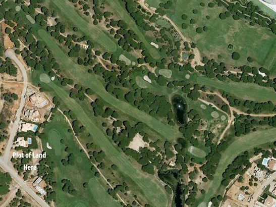 Excellent Plot of Land in Prestigious Golf Resort of Vila Sol Foto #4 (photo 4)
