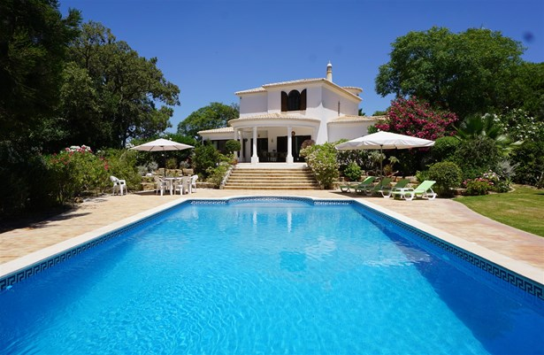 Fantastic 4 Bed Villa with Country Views - Close to the Beach Foto #1 (photo 1)