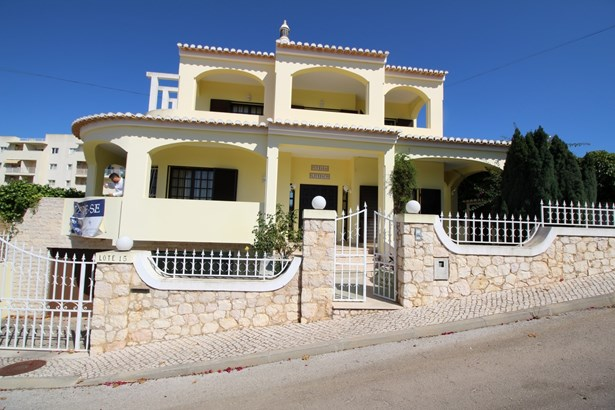 4 bedroom villa in Alvor Foto #1 (photo 1)