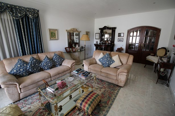 4 bedroom villa in Alvor Foto #2 (photo 2)