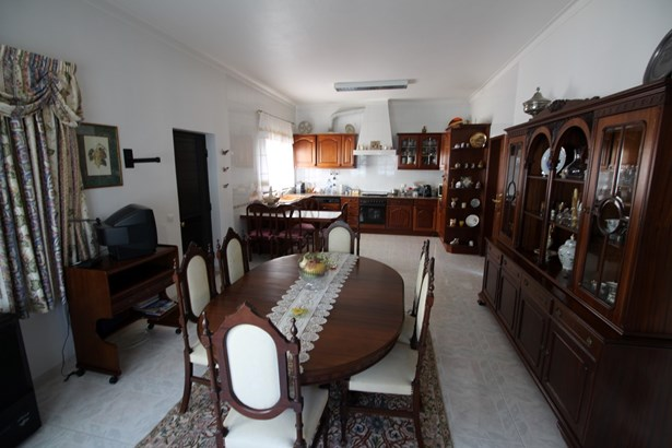 4 bedroom villa in Alvor Foto #4 (photo 4)