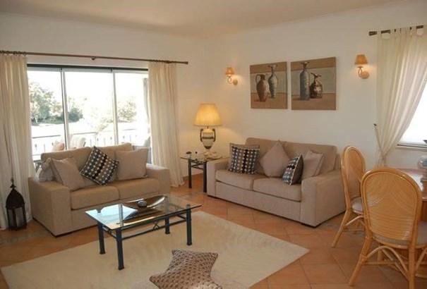 2 bedroom apartment in Carvoeiro  Foto #1