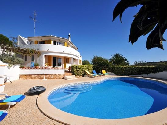 Fantastic 3 Bed Villa Near Beach  Foto #1 (photo 1)