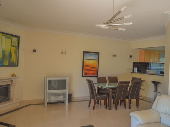 3 BEDROOM TOWNHOUSE IN FABULOUS LOCATION Foto #4 (photo 4)