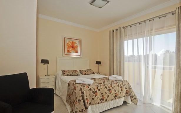 LUXURY 5 BEDROOM DETACHED VILLA IN EXCLUSIVE DEVELOPMENT Foto #5 (photo 5)