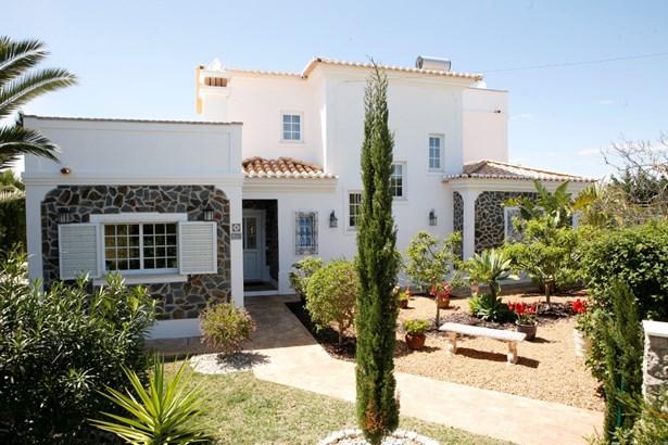 Stunning 4 bedroom villa near Porches  Foto #3 (photo 3)