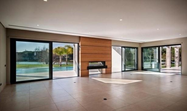 Modern Lake View 5 Bedroom Villa Foto #2 (photo 2)