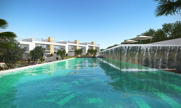 Luxury villas with private pools on an exclusive condominium Foto #5 (photo 5)
