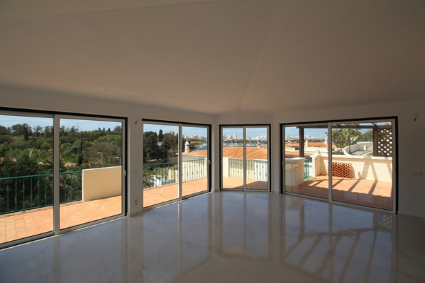 Stunning 3 bedroom villa in Ferragudo Foto #3 (photo 3)