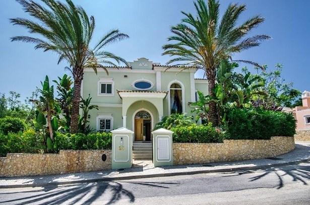 Luxury 4 Bed Villa Near Prestigious Resort Foto #3 (photo 3)