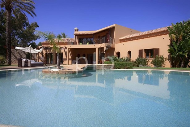 4 Bedroom luxury villa in Penina Foto #1 (photo 1)