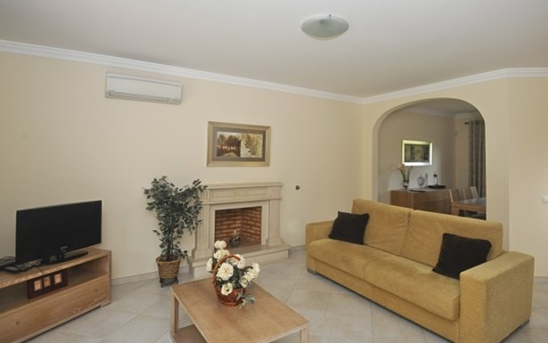 Luxury 3 Bed Villa in Residential Development Foto #2 (photo 2)