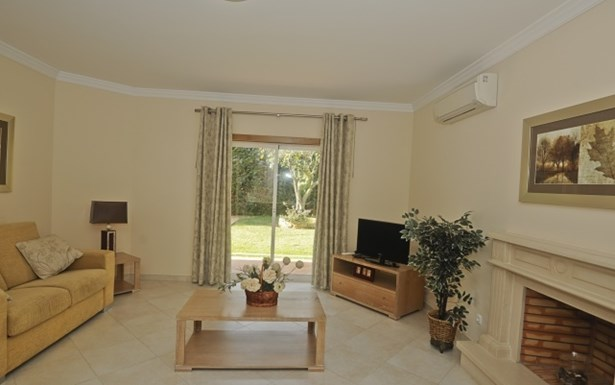 Luxury 3 Bed Villa in Residential Development Foto #3 (photo 3)