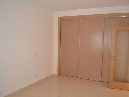 GROUND FLOOR 2 BEDROOM APARTMENT Foto #5 (photo 5)