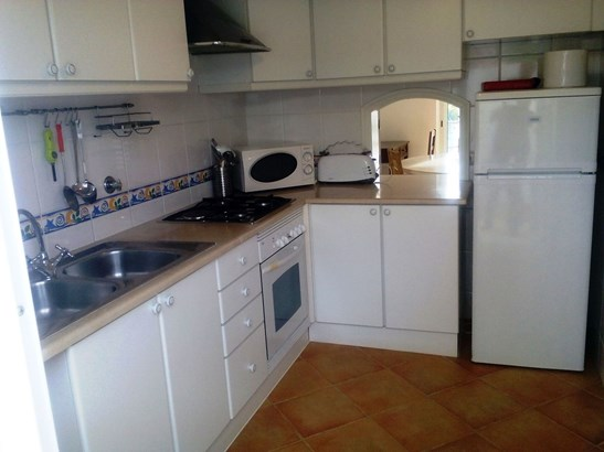 LOVELY 2 BED TOWNHOUSE IN GREAT LOCATION Foto #2 (photo 2)