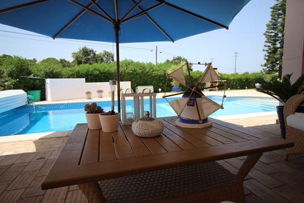 Beautiful 4 Bed Villa in Prestigious Area  Foto #2 (photo 2)
