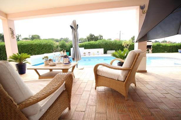 Beautiful 4 Bed Villa in Prestigious Area  Foto #5 (photo 5)