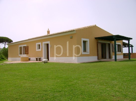 Stunning 3 bedroom villa in Portimao Foto #4 (photo 4)