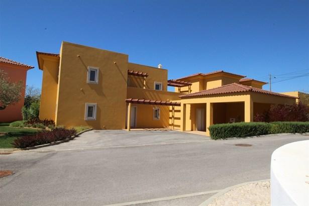 Fantastic 4 Bedroom Mediterranean Style Villa For Sale Foto #1 (photo 1)