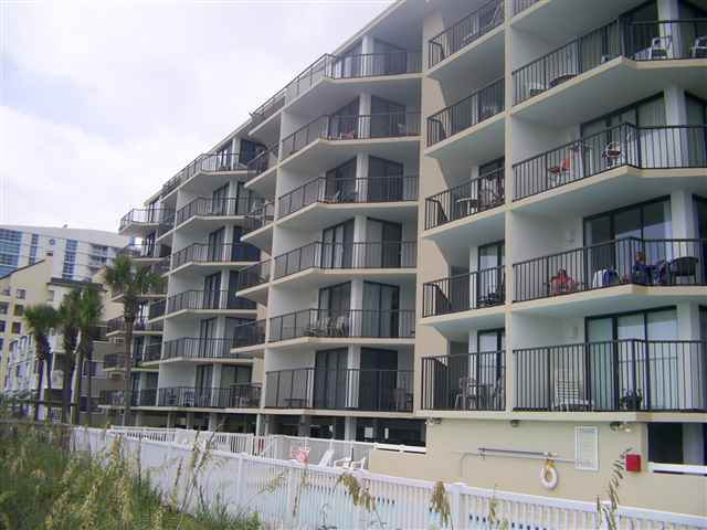 CONDO, Mid-Rise 4-6 Stories - North Myrtle Beach, SC (photo 1)