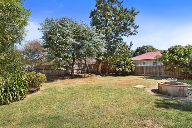 13 Norfolk Avenue, Ringwood - AUS (photo 4)