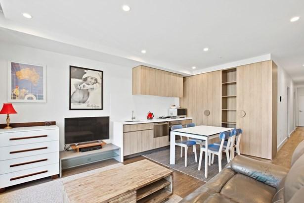 19-25 Nott Street 102, Port Melbourne - AUS (photo 4)