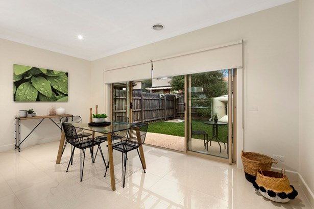 626 Whitehorse Road 1, Mitcham - AUS (photo 4)
