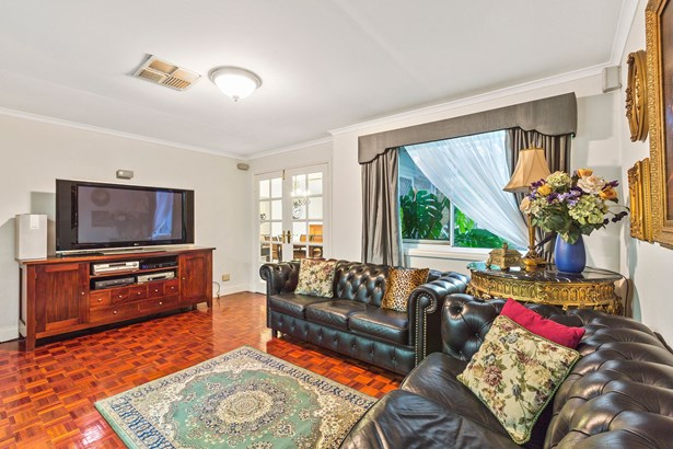 21 Bentley Court, Warranwood - AUS (photo 5)